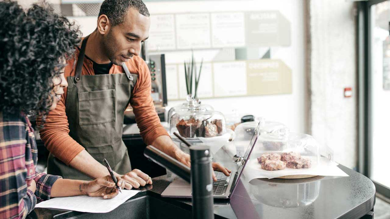 7 Benefits Small Business Should Offer