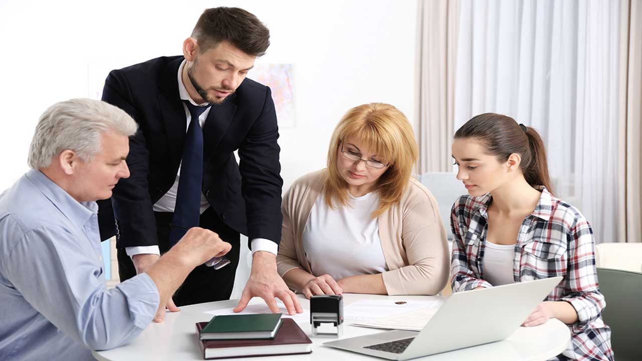 How to Run a Family Business Smoothly